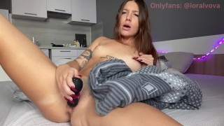 GIRL FIRST TIME TRIPS TO MASTURBATE WITH SATISFAER